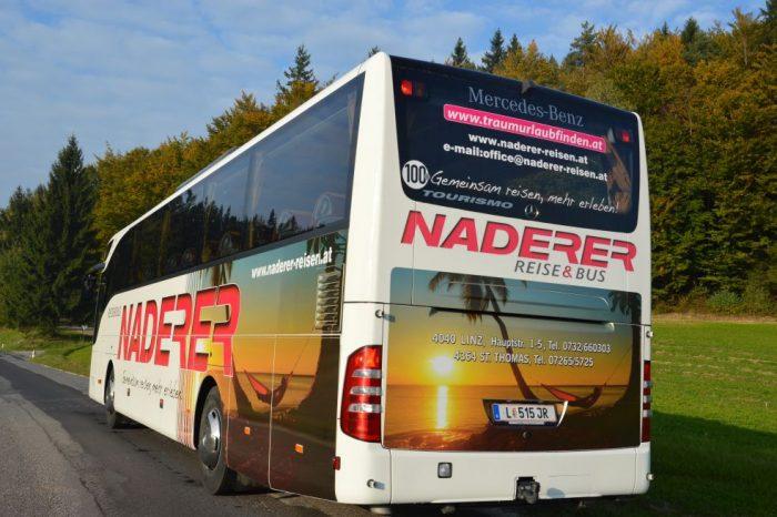 Mercedes Tourismo 47 Sitzer 4-Sterne VIP Bus hinten
