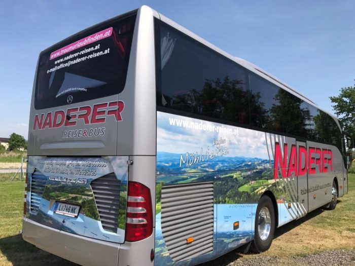 Mercedes Tourismo: 50 Sitzer – EURO 6 Motor hinten