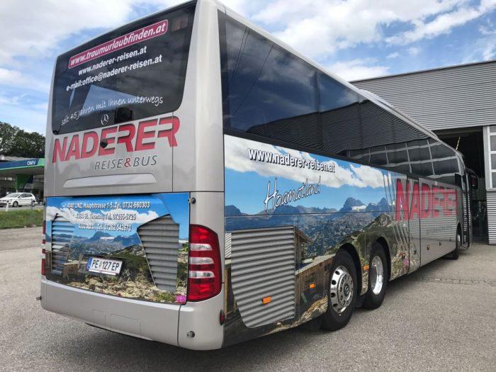 Mercedes Tourismo: 63 Sitzer – EURO 6 Motor hinten
