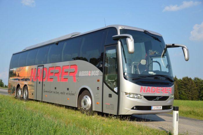 VOLVO: 60 Sitzer – EURO 6 Motor außen