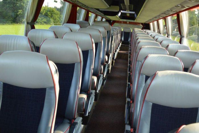VOLVO: 60 Sitzer– EURO 6 Motor innen2