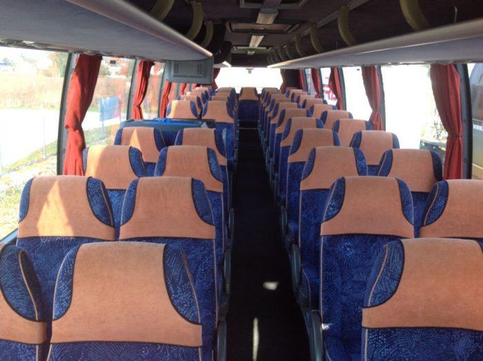 VOLVO 9700 grau: 50 seater inside