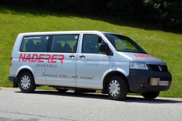 VW Bus: 9 Sitzer