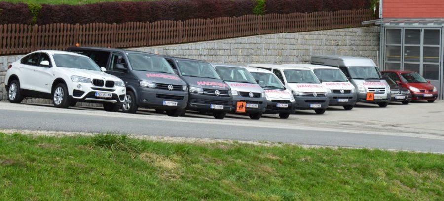 Naderer Kleinbus-Flotte für Shuttledienste oder Flughafentransfers