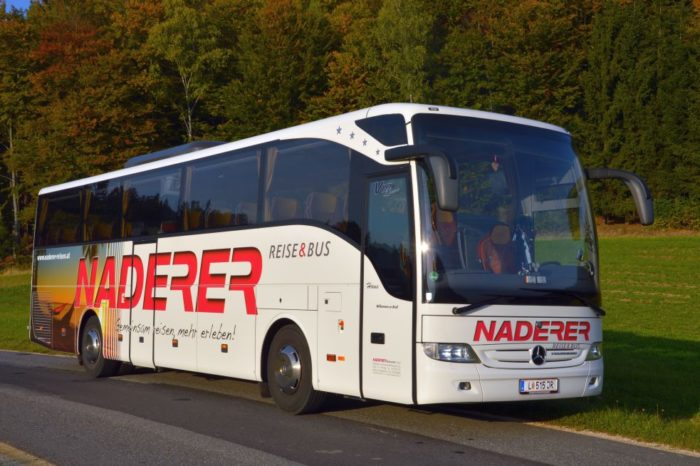 Mercedes Tourismo 47 Seater 4 Sterne VIP Bus Outside